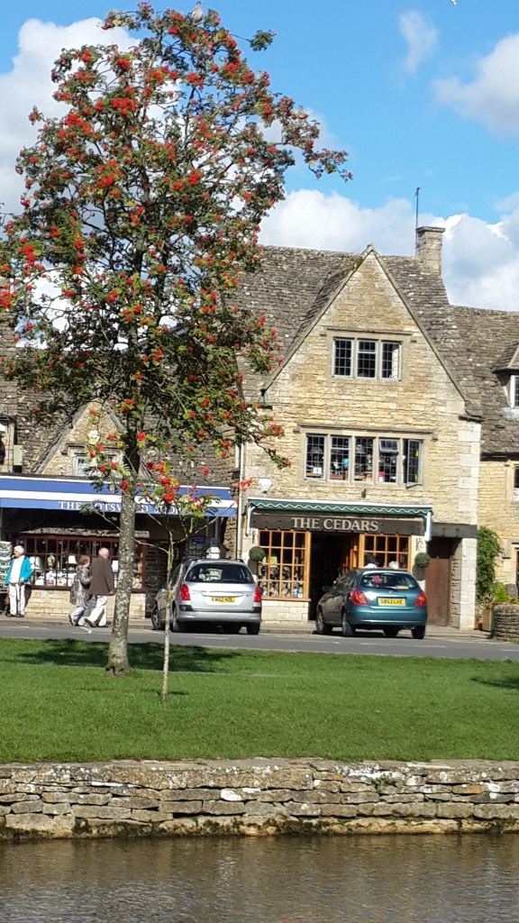 Bourton-on-the-water, Cotswold